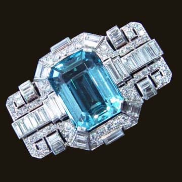 Art Deco; Platinium Aquamarine And Diamond Brooch 1