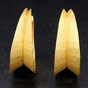 22 Kt Yellow Gold Bohemian Drop Hoop Earrings 4