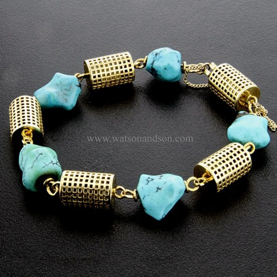 18 Kt Yellow Gold And Tumbled Turquoise Bracelet 4