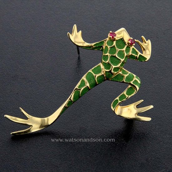 Green Enameled Leaping Frog 1