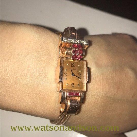 Ladies 14K Rose Gold Retro Bracelet Watch 3