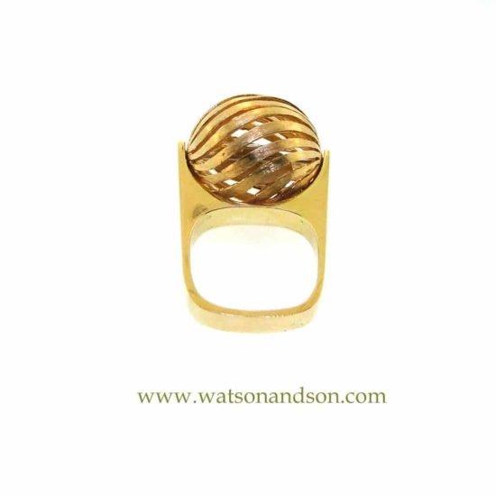 18K Love Spinner Ring 2