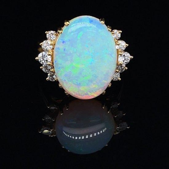 18K Opal And Diamond Ring 3