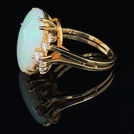 18K Opal And Diamond Ring 5