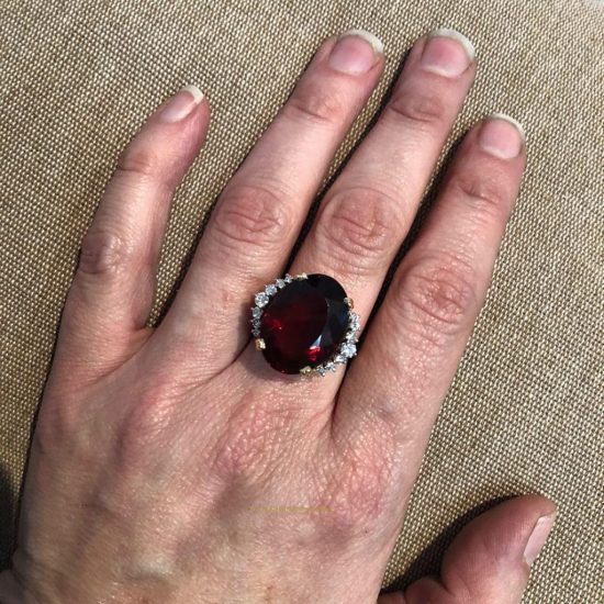 Garnet And Diamond Ring By H. Stern 5