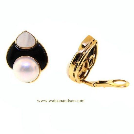 Yellow Gold Carved Mother of Pearl, Onyx and pearl clips 3