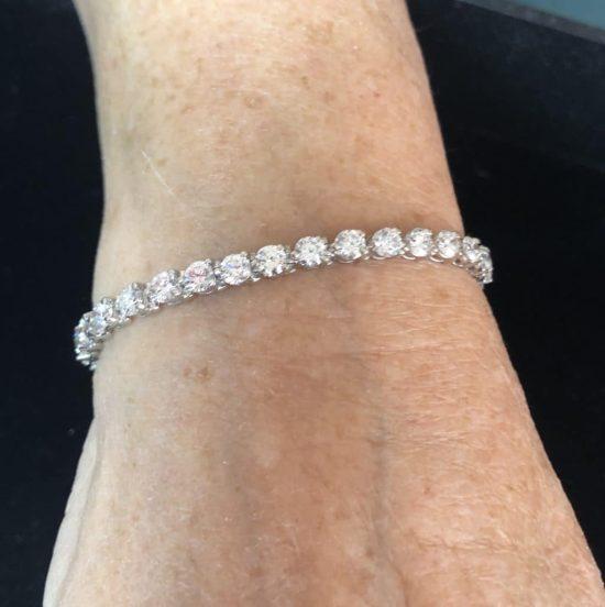 Classic White Gold Diamond Tennis Bracelet 3