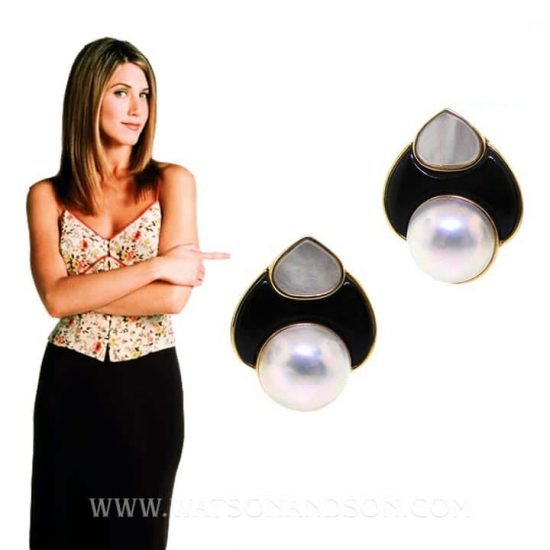 Yellow Gold Carved Mother of Pearl, Onyx and pearl clips 4