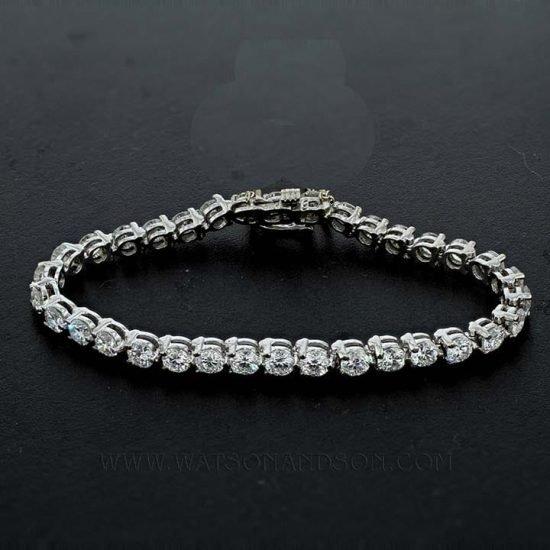 Classic White Gold Diamond Tennis Bracelet 1