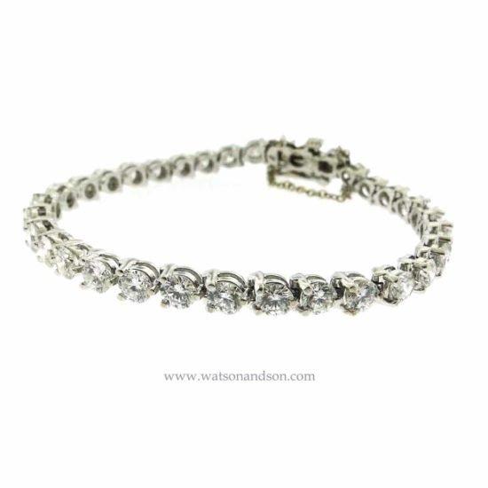Classic White Gold Diamond Tennis Bracelet 2