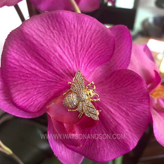 Yellow Gold Diamond Bumble Bee Brooch 4