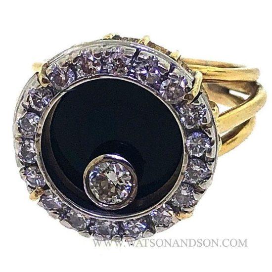 Yellow Gold Onyx &Amp; Diamond Swinger Ring 1