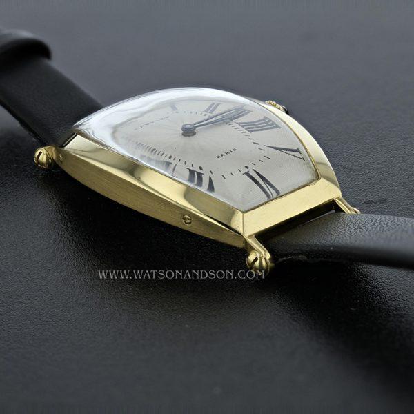 18k Yellow Gold Cartier Paris Tonneau Cintrée Strap Watch 5