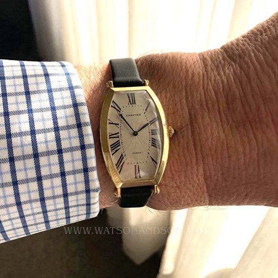 18K Yellow Gold Cartier Paris Tonneau Cintrée Strap Watch 7