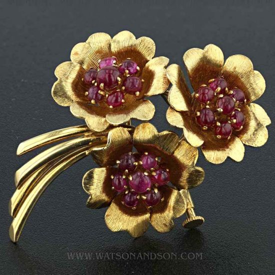 Yellow Gold Cabochon Ruby Pin 1