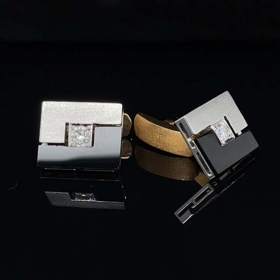 White Gold Onyx And Diamond Cuff Links 1