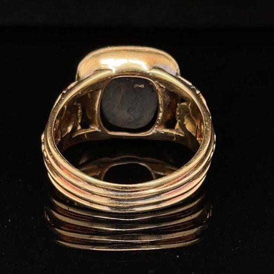 Sardonyx Yellow Gold signet Ring 4