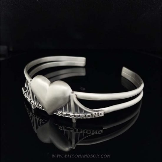 Heartbridge Silver Cuff Bracelet 2