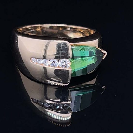 Green Chrome Tourmaline And Diamond Ring 1