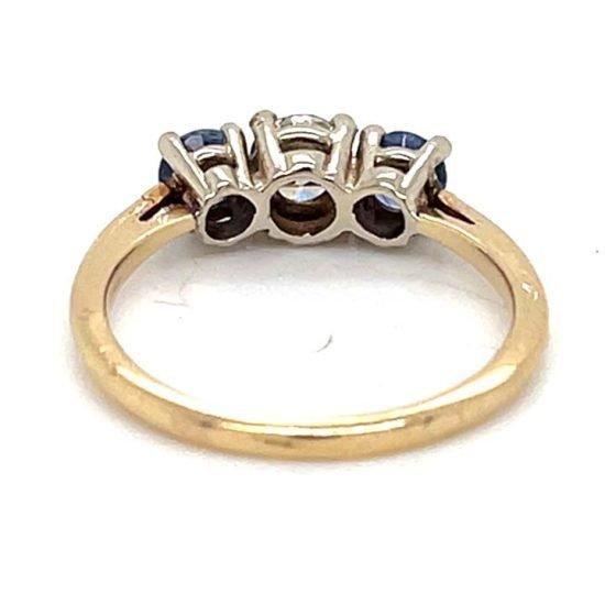 Sapphire And Diamond 3 Stone Ring 4