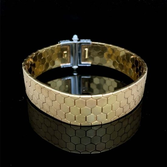 18 Kt Yellow Gold And Diamond Cuff Bracelet 3