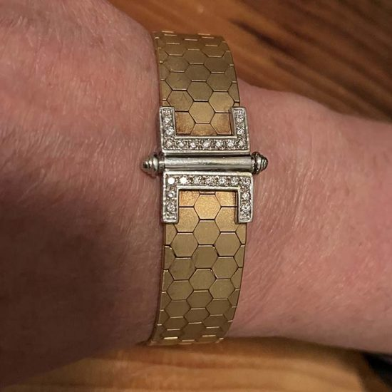 18 Kt Yellow Gold And Diamond Cuff Bracelet 5