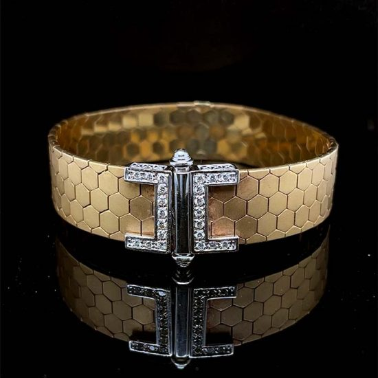 18 Kt Yellow Gold And Diamond Cuff Bracelet 1